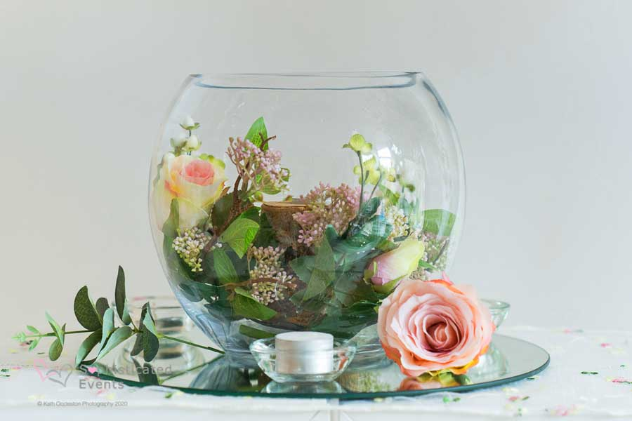 Goldfish bowl wedding table centrepiece - Sophisticated Events