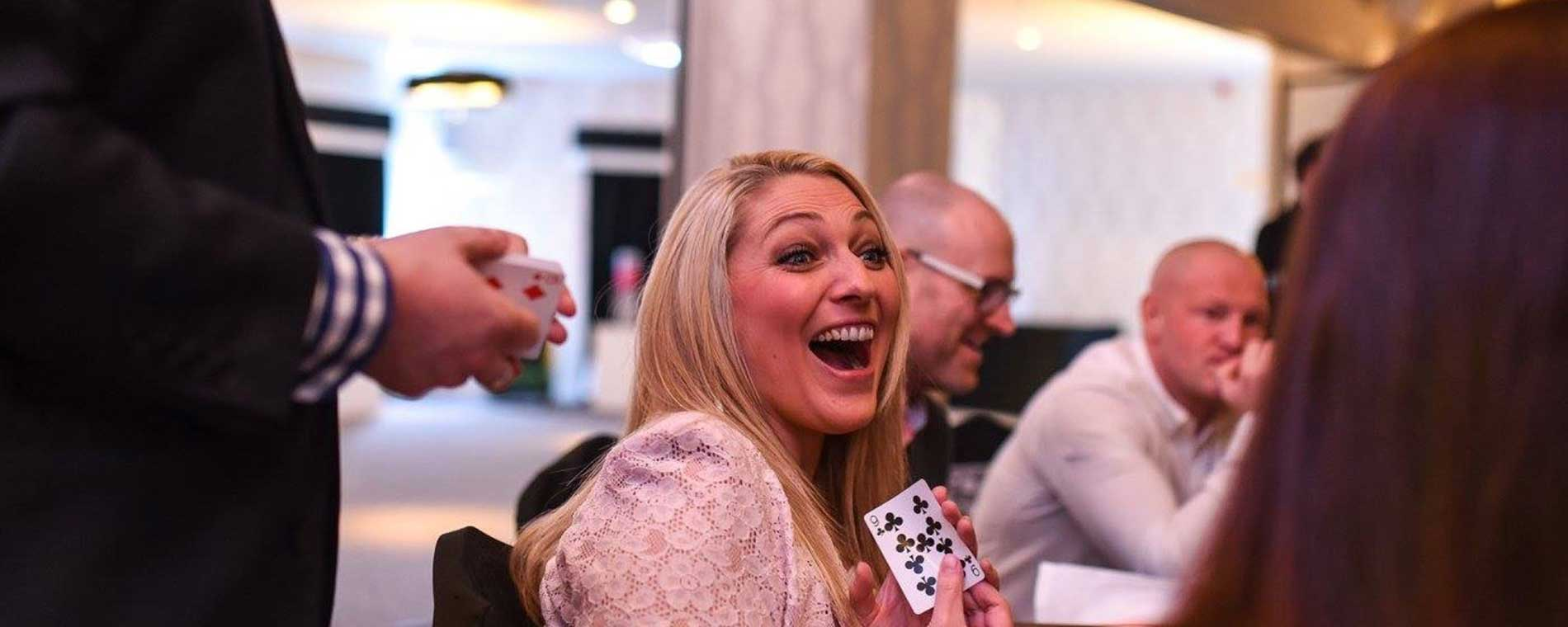 Surprise your guests with magic by Darren Robinson Wedding Magician