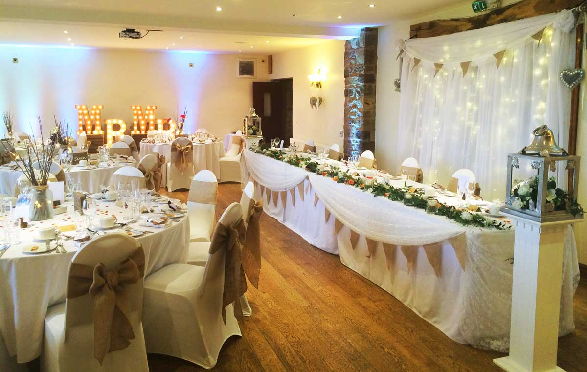 Natural hessian & lace wedding styling - Sophisticated Events at Beeston Manor